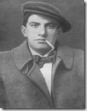vladimir-maiakovski-em-foto-1915-515c1ec7eeaaf_thumb